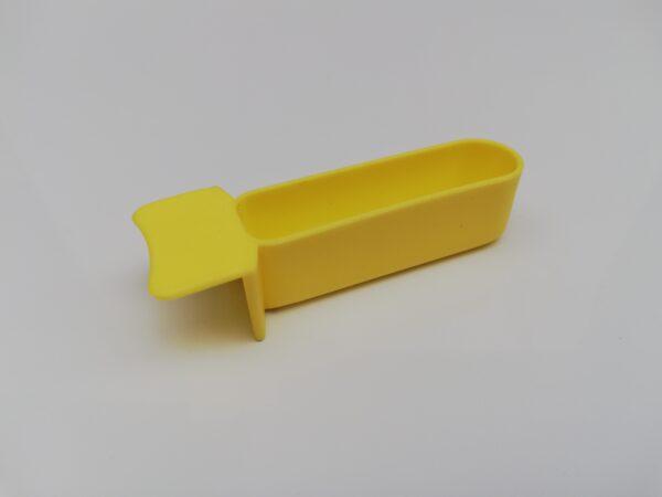 yellow plastic finger draw for feeding birds